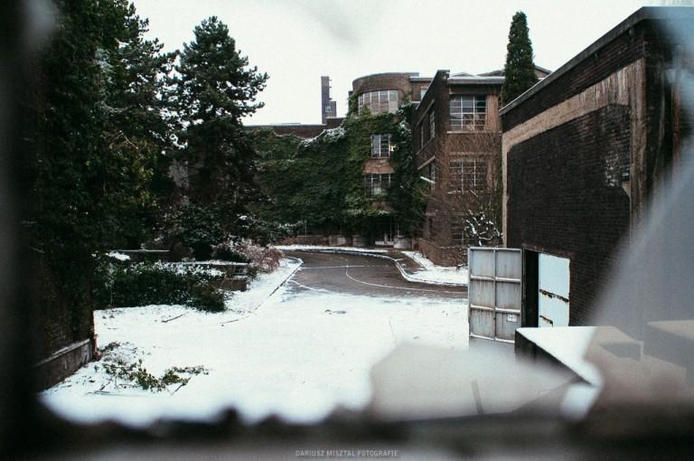 university01